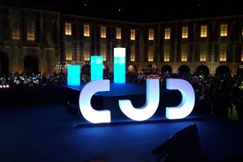décor de scène prestataire événementiel, scénomob, #scénographie événementielle, #scenomob, #agencement d'espace pour événements d'entreprise, #agenceur d'événement, CJD Scénomob, scène CJD
